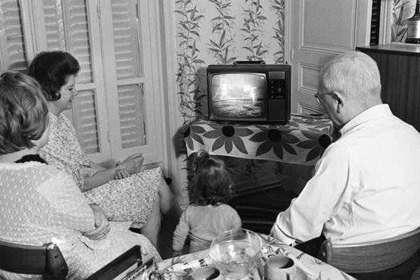 ¿Cómo se transmitió la llegada del hombre a la Luna en la televisión chilena?